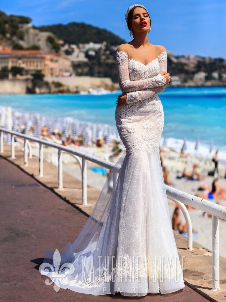 f3c4bb4935b Свадебные платья в Санкт-Петербурге 👰 Купить свадебное платье для ...