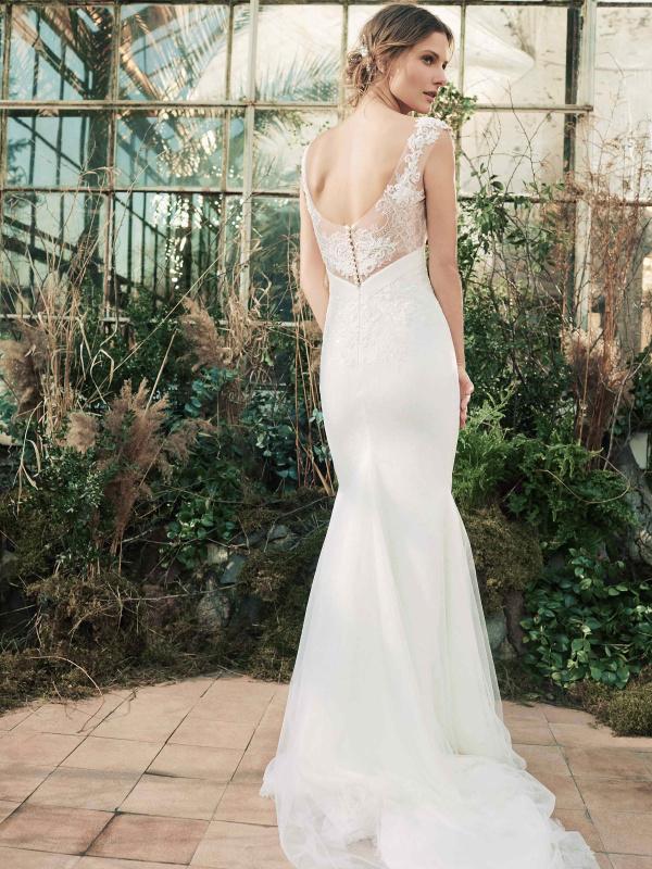 d2c7452655fd21d Свадебные и вечерние платья от Anne-Mariee - купить платье в СПб и ...